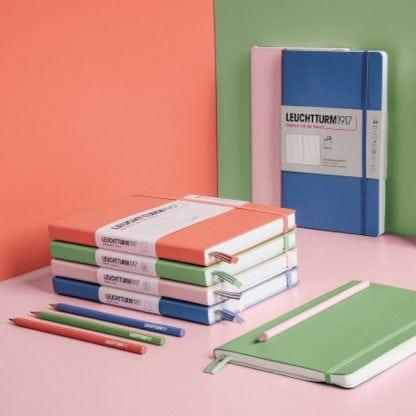 Leuchttrum Medium Notebook, pasztell színek